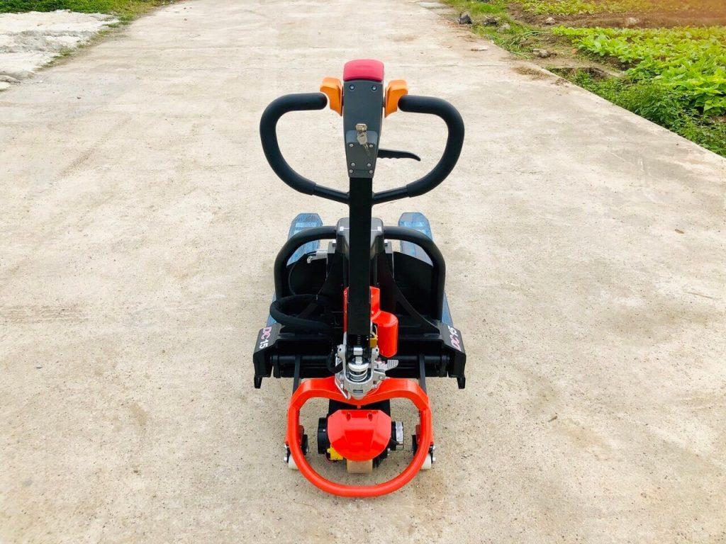 Xe nâng tay điện thấp heli CBD15J-Li