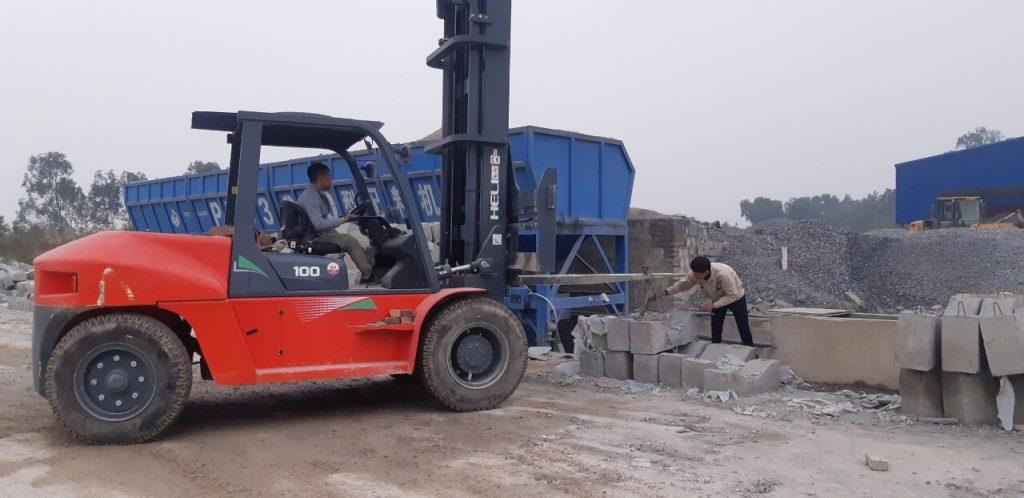 Xe nâng hàng diesel tải trọng 10 tấn
