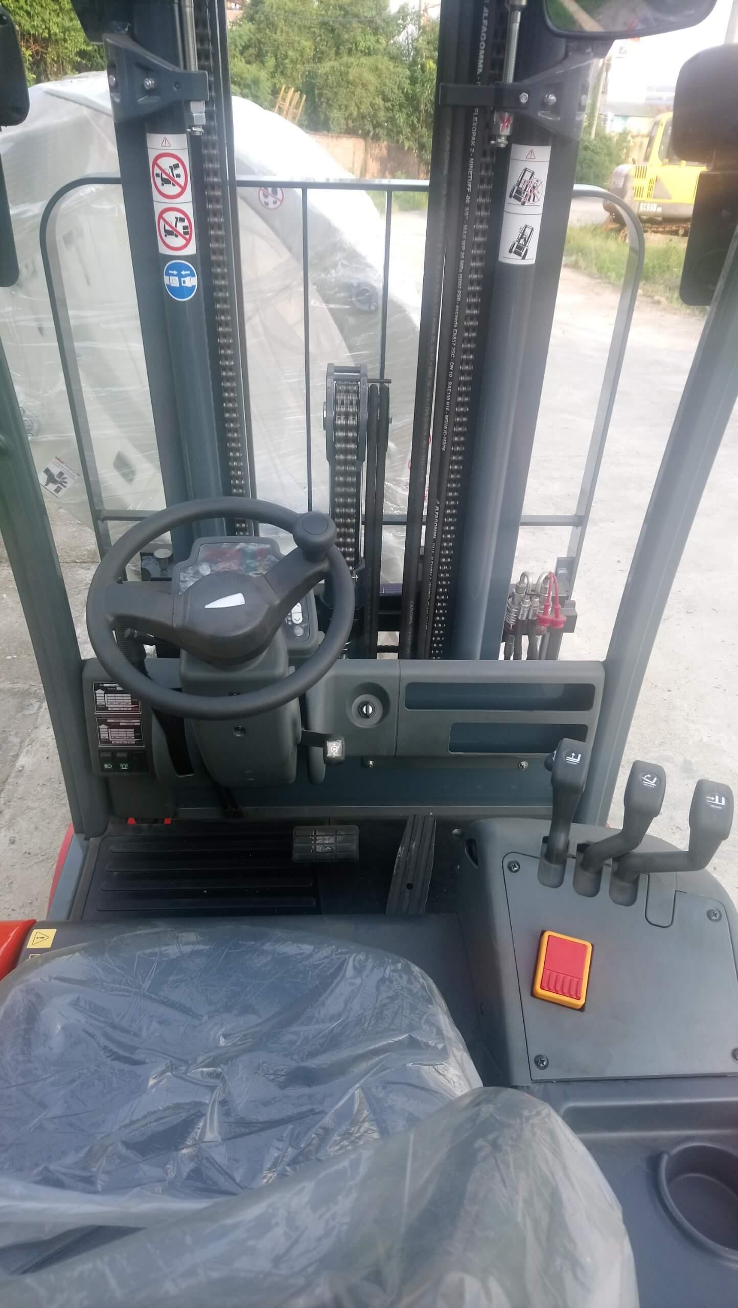 cabin xe nâng điện jungheinrich heli 2 tấn