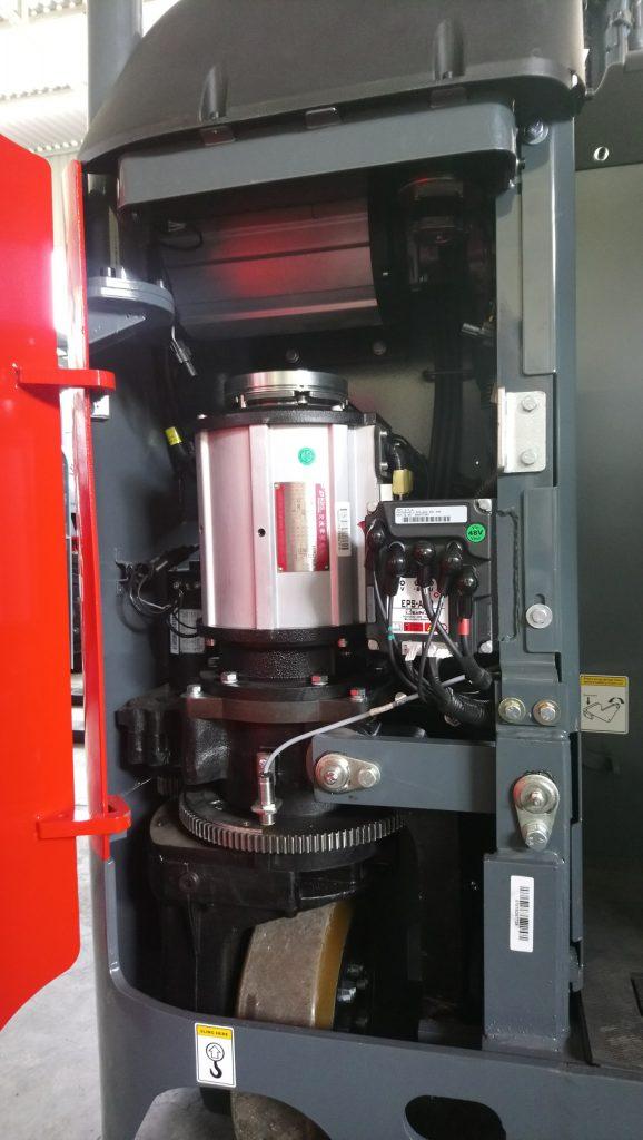 Motor xe nâng reach truck 2 tấn heli