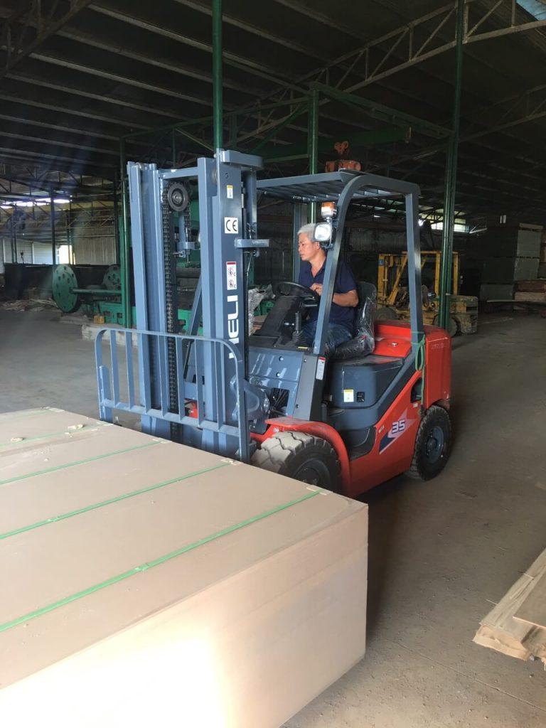 Bán xe nâng hàng tại đắc Nông - Kcn Tâm Thắng
