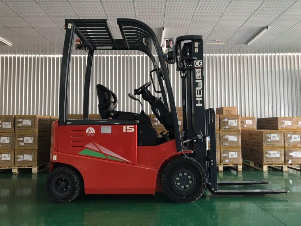 Xe nâng điện ngồi lái 1.5 tấn Heli