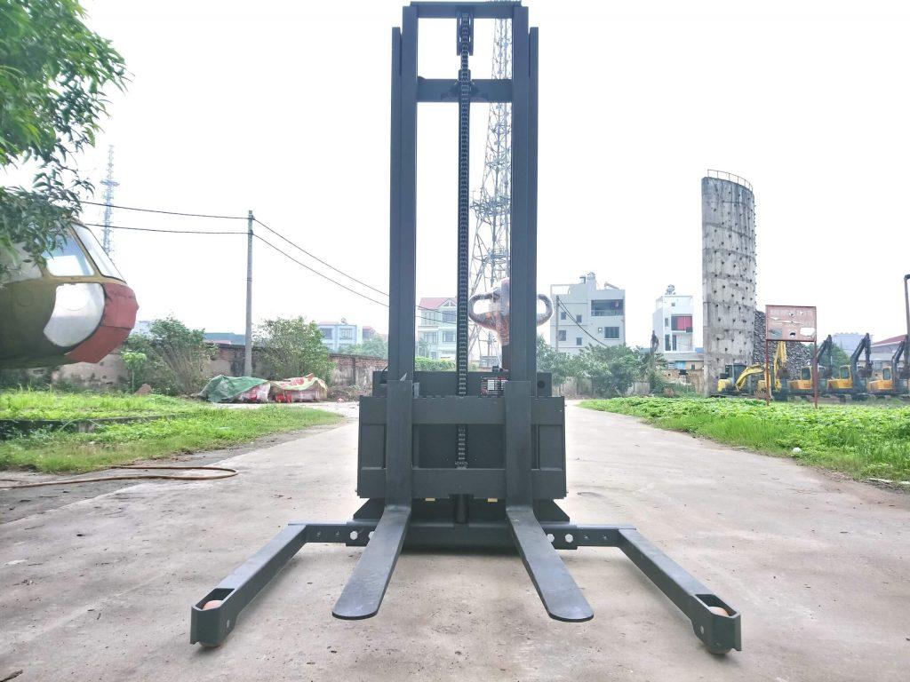 Xe nâng tay điện 1 tấn cdd10-050 chân rộng