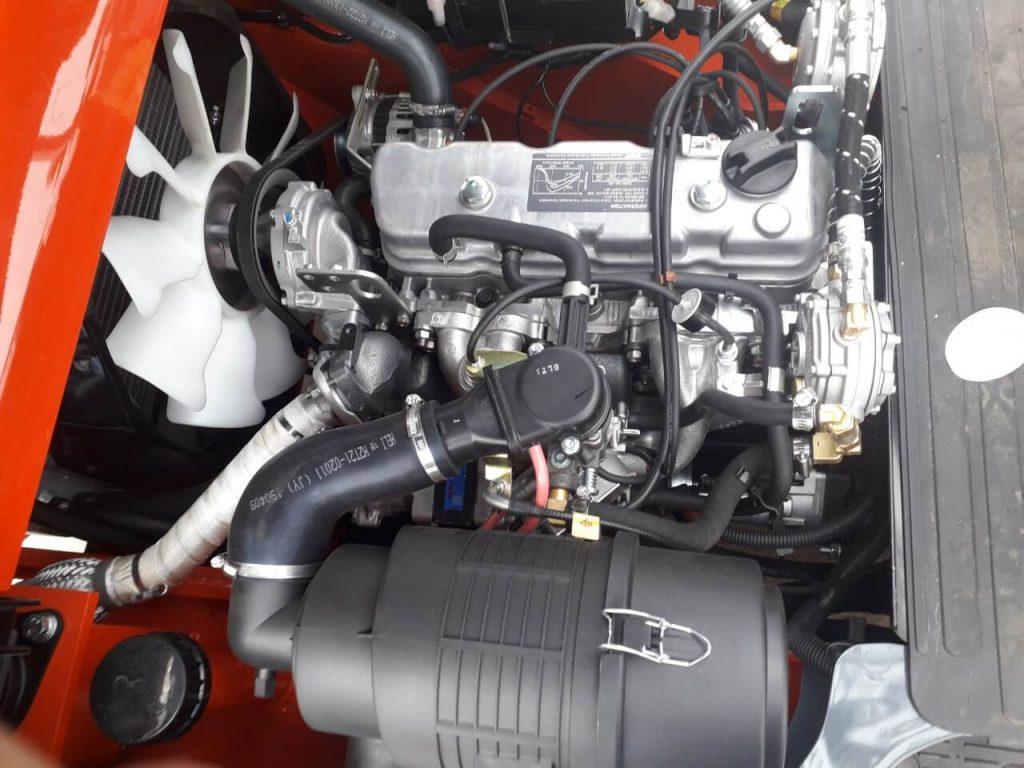 Động cơ Nissan K25 xe nâng xăng gas