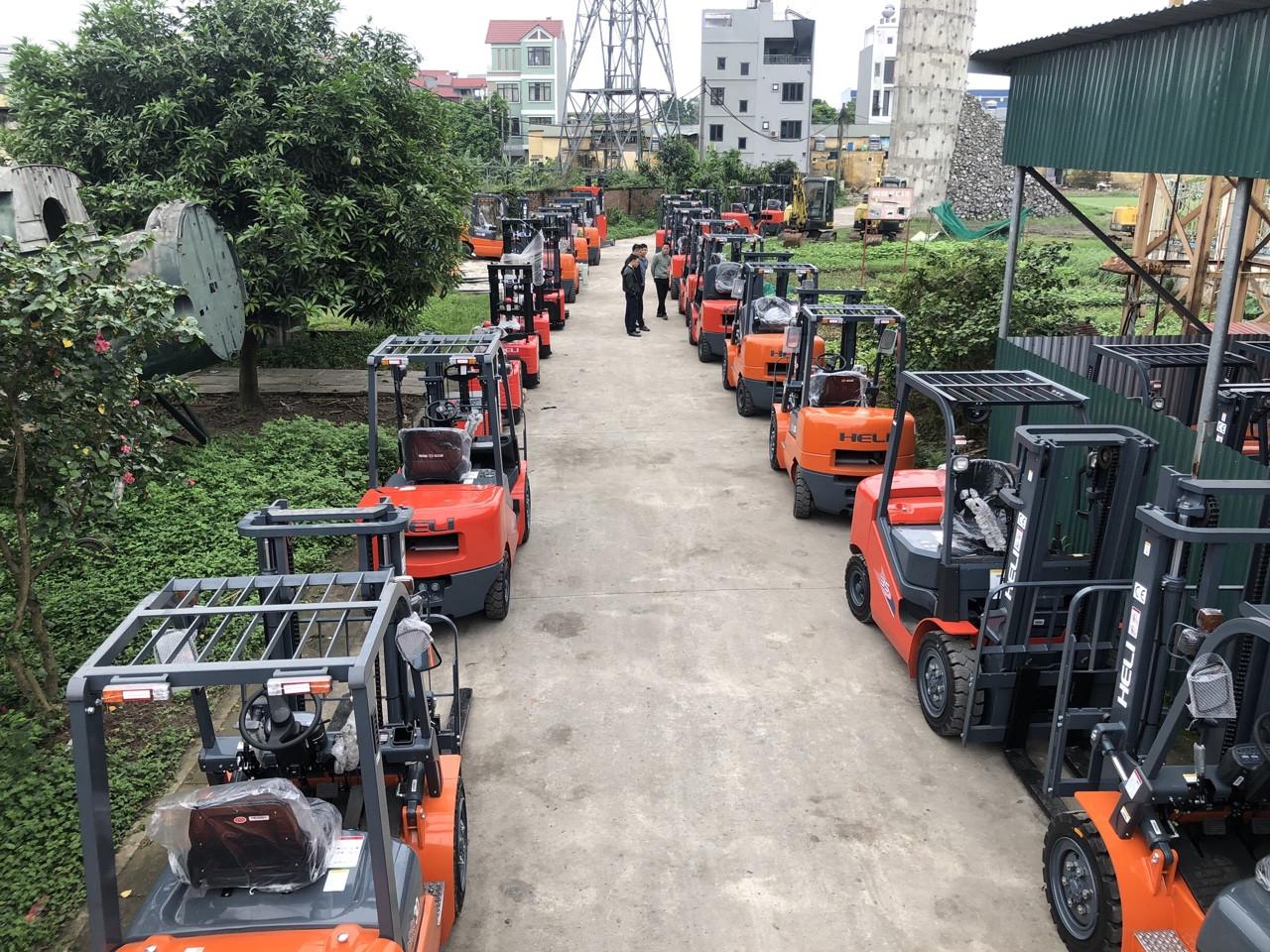 Xe nâng điện Heli Trung Quốc